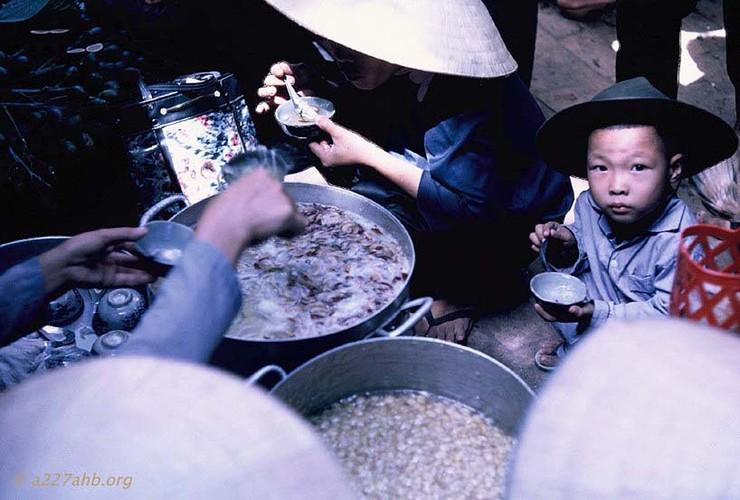 Anh doi thuong thu vi ve Phan Thiet 1967 cua Bob Kelly (2)-Hinh-17