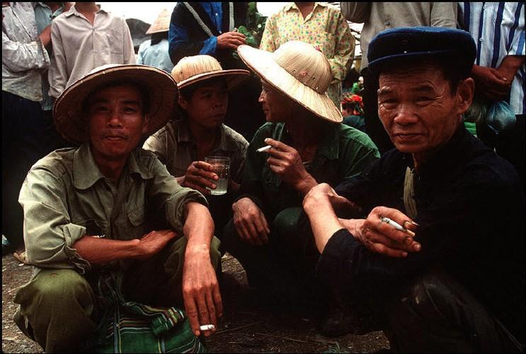 Anh doc ve sac mau cuoc song o Cao Bang nam 1994-1995 (2)-Hinh-13