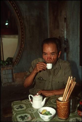 Anh doc ve sac mau cuoc song o Cao Bang nam 1994-1995 (2)-Hinh-18