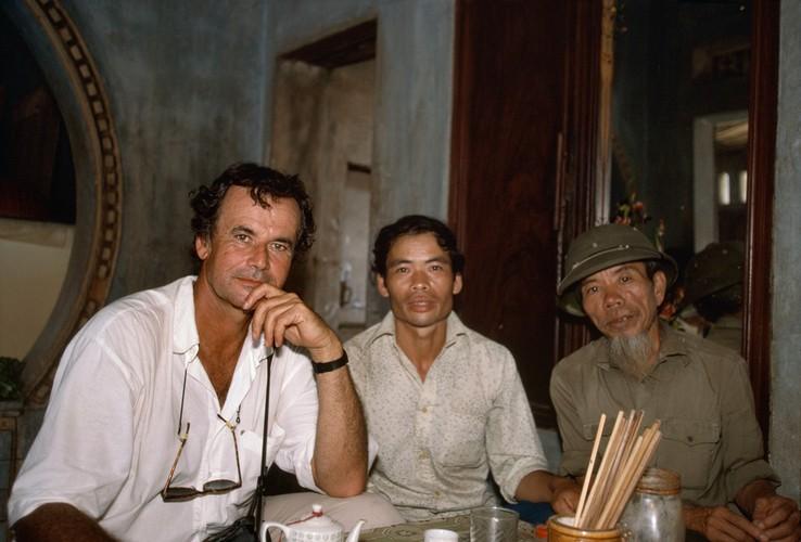 Anh doc ve sac mau cuoc song o Cao Bang nam 1994-1995 (2)-Hinh-19