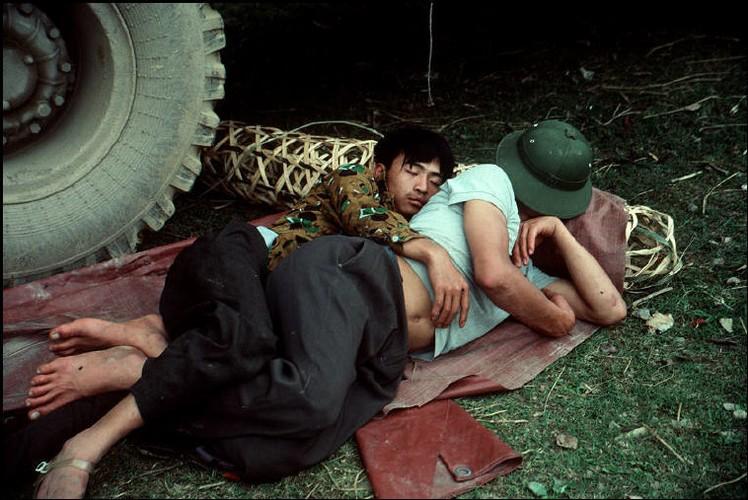Anh doc ve sac mau cuoc song o Cao Bang nam 1994-1995 (2)-Hinh-2