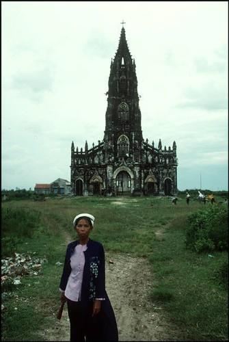 Nhung hinh anh tuyet voi ve Quang Ninh nam 1994-1995-Hinh-15