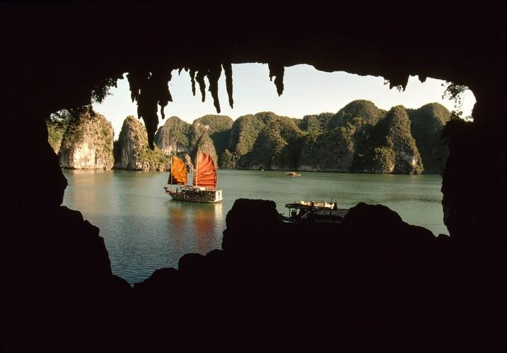 Nhung hinh anh tuyet voi ve Quang Ninh nam 1994-1995-Hinh-3