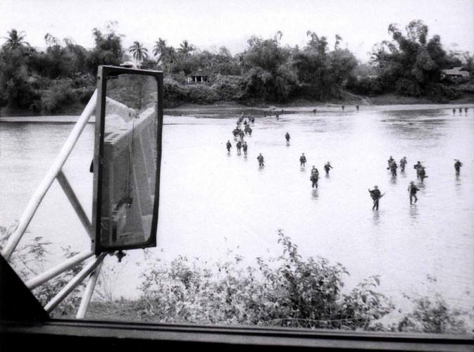 Binh Dinh nam 1968 trong anh cua linh cong binh My