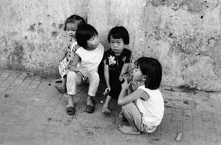 Anh doc ve tre em Sai Gon 7 thap ky truoc-Hinh-3