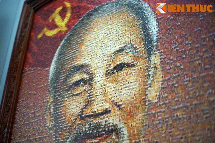 Doc dao buc tranh Bac Ho tu 10.000 manh ghep-Hinh-4