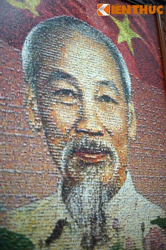 Doc dao buc tranh Bac Ho tu 10.000 manh ghep-Hinh-8