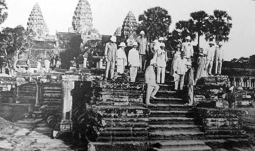 Anh doc: Chuyen phuot Campuchia nam 1921 cua Nguyen soai Phap-Hinh-2