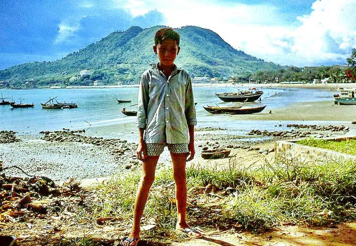 Loat anh ngo nghinh ve tre em Vung Tau nam 1967-Hinh-4