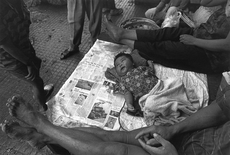 Hinh anh khong the quen ve tre em Viet Nam nam 1993 (1)-Hinh-4