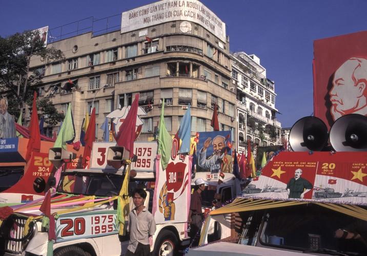 Viet Nam cuoi thap nien 1990 trong anh cua Hiroji Kubota (1)-Hinh-4
