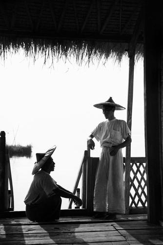 Myanmar nam 1942 qua ong kinh phong vien Anh (2)-Hinh-2