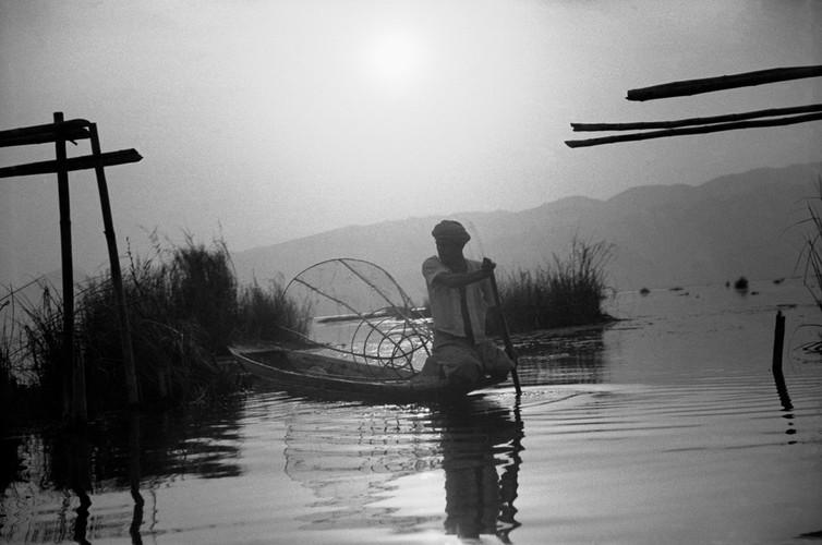 Myanmar nam 1942 qua ong kinh phong vien Anh (2)