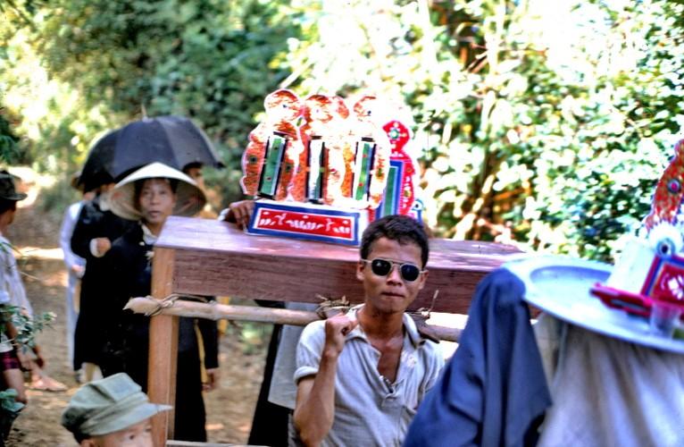 Anh doi thuong hiem co ve Hue va Quang Tri nam 1967-Hinh-10