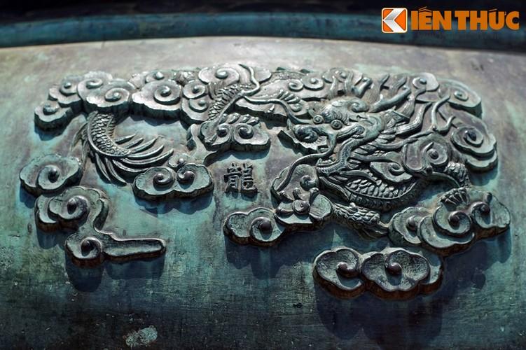Giai ma tron bo hinh tuong Cuu Dinh Nha Nguyen: Cao dinh-Hinh-3