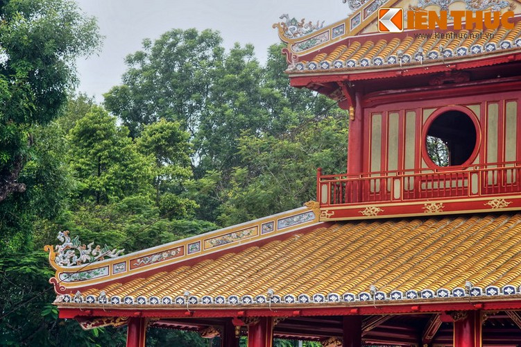 Can canh cong trinh duoc in hinh tren to tien 50.000 dong-Hinh-13