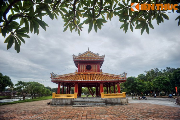 Can canh cong trinh duoc in hinh tren to tien 50.000 dong-Hinh-15