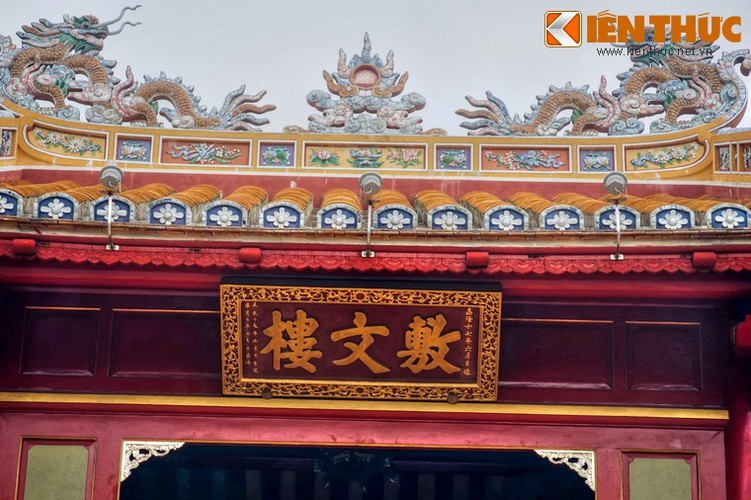 Can canh cong trinh duoc in hinh tren to tien 50.000 dong-Hinh-17