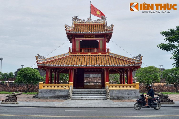 Can canh cong trinh duoc in hinh tren to tien 50.000 dong-Hinh-2