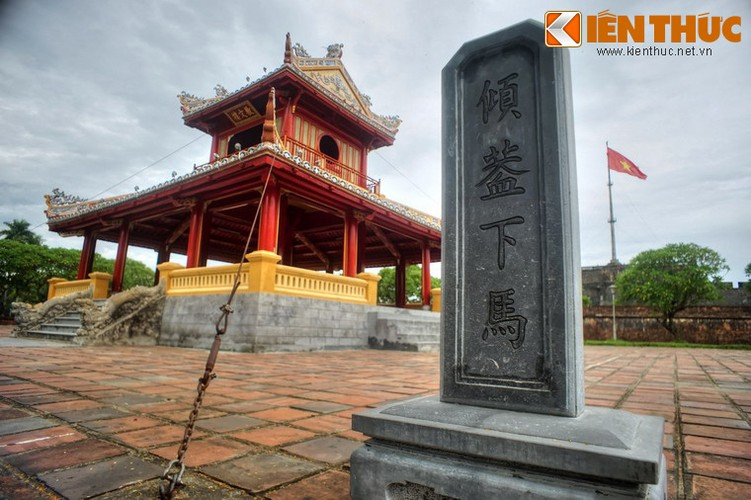 Can canh cong trinh duoc in hinh tren to tien 50.000 dong-Hinh-9