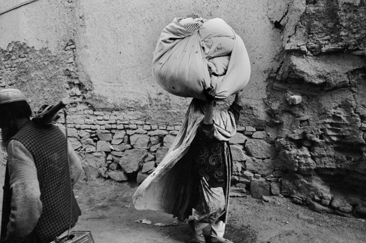 Anh de doi ve Afghanistan khi vua thoat khoi ach Taliban (2)-Hinh-10