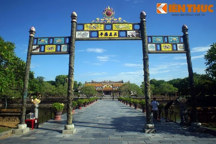 Cay cau co voi cap cong dong nguyen khoi o Hoang thanh Hue-Hinh-3