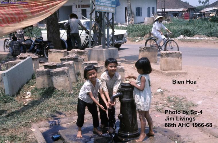 Bien Hoa nam 1966 - 1968 trong anh cua linh truc thang My-Hinh-11
