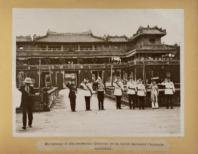 Anh doc: Vua Bao Dai ve nuoc sau 10 nam du hoc (2)-Hinh-7