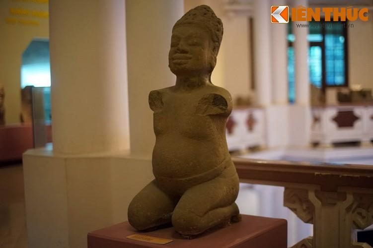 Bo suu tap dieu khac Cham tuyet my giua long Ha Noi-Hinh-11