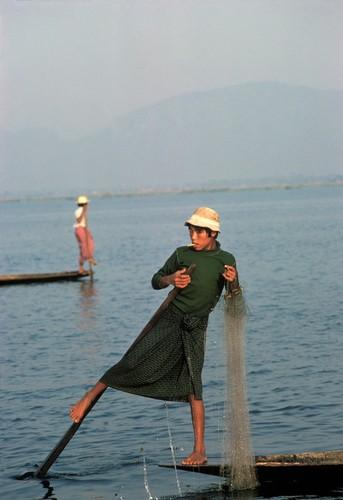 Cuoc song day sac mau o Myanmar thap nien 1970 - 1990 (1)-Hinh-3