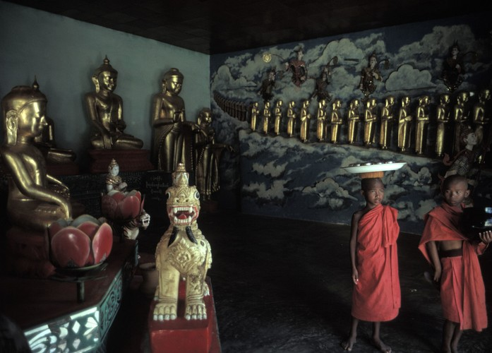 Cuoc song day sac mau o Myanmar thap nien 1970 - 1990 (2)-Hinh-5