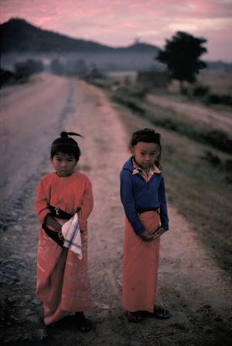 Cuoc song day sac mau o Myanmar thap nien 1970 - 1990 (2)-Hinh-9