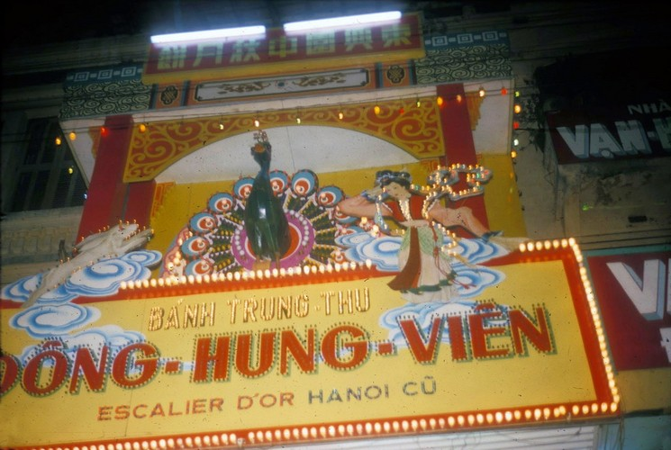 Tet Trung thu Sai Gon nam 1966 qua anh cua Douglas Ross-Hinh-3