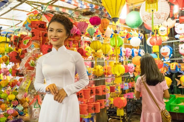 Tet Trung thu Sai Gon ruc ro qua ong kinh nguoi Phap-Hinh-4