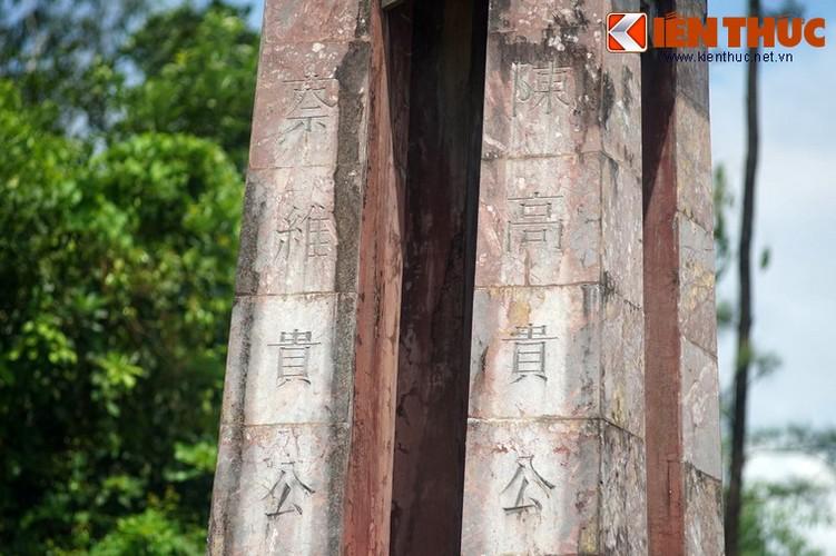 Tham ngoi mo chung cua hai thu linh cuoc khoi nghia Duy Tan-Hinh-16
