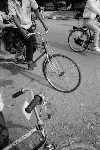 Loat anh de doi ve thanh pho Vientiane thap nien 1990 (1)-Hinh-13