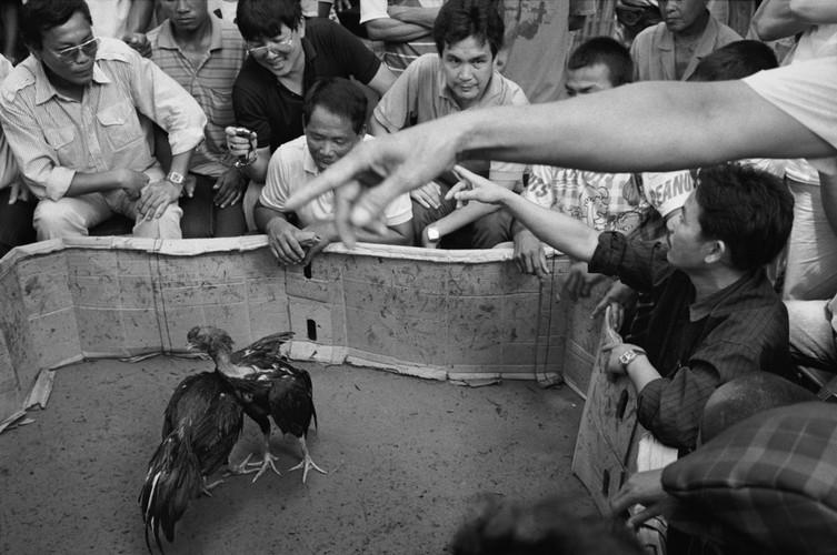 Loat anh de doi ve thanh pho Vientiane thap nien 1990 (1)-Hinh-4
