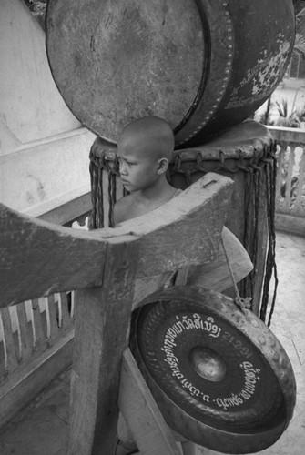 Loat anh de doi ve thanh pho Vientiane thap nien 1990 (1)-Hinh-5
