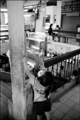 Loat anh de doi ve thanh pho Vientiane thap nien 1990 (2)-Hinh-10