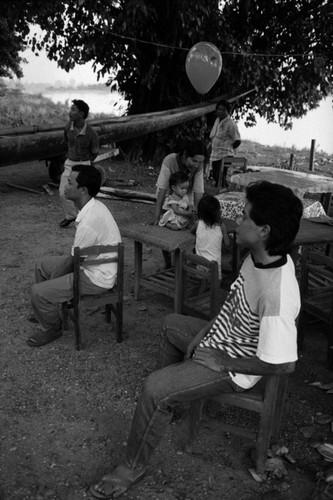 Loat anh de doi ve thanh pho Vientiane thap nien 1990 (2)-Hinh-14