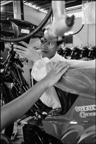 Loat anh de doi ve thanh pho Vientiane thap nien 1990 (2)-Hinh-16