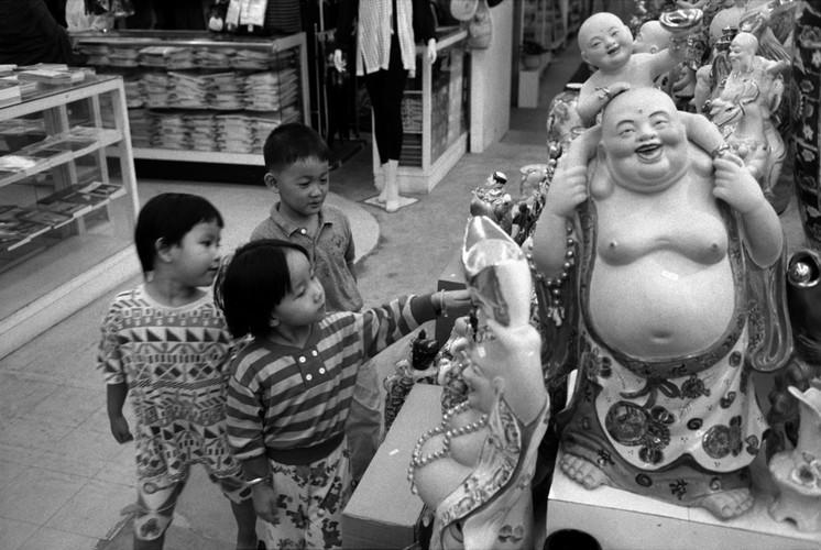 Loat anh de doi ve thanh pho Vientiane thap nien 1990 (2)-Hinh-9