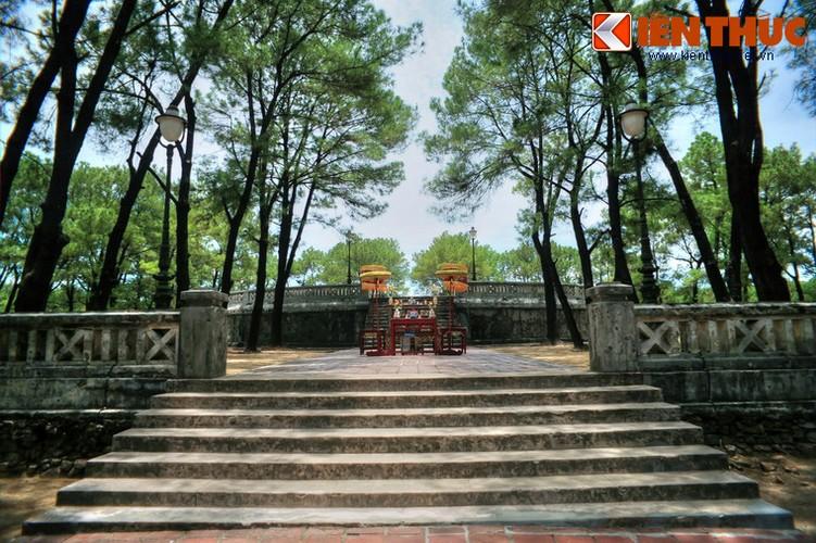 Kham pha dan te troi dat cua cac vua nha Nguyen-Hinh-7