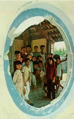Anh doc: Dat va nguoi xu Hue tren tap chi National Geographic 1967-Hinh-8