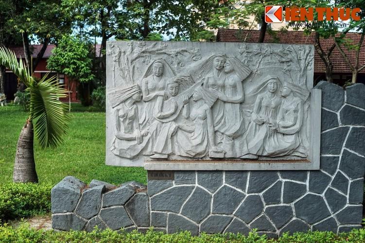 Kham pha truong nu sinh Dong Khanh tru danh xu Hue-Hinh-20