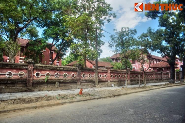 Kham pha truong nu sinh Dong Khanh tru danh xu Hue-Hinh-22