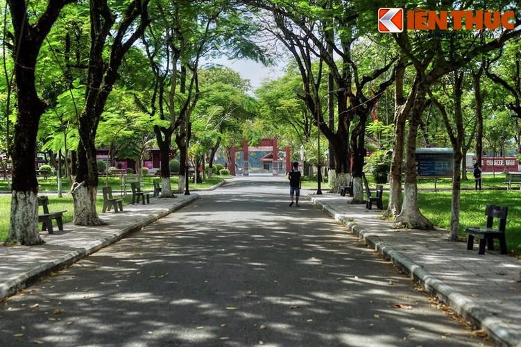 Kham pha truong nu sinh Dong Khanh tru danh xu Hue-Hinh-4