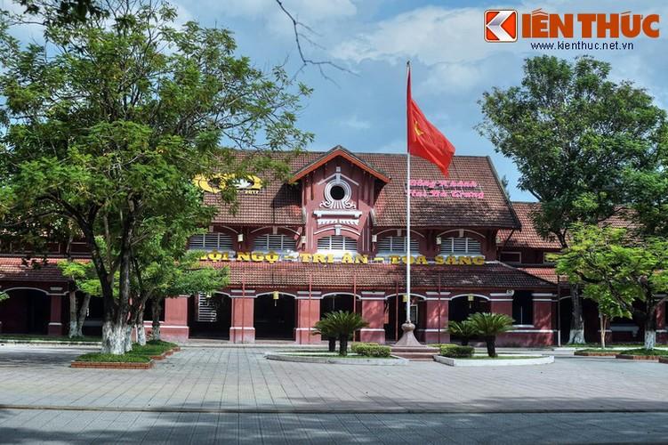 Kham pha truong nu sinh Dong Khanh tru danh xu Hue-Hinh-7