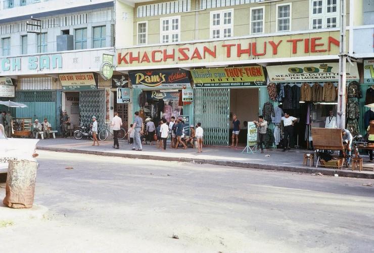 Anh: Doi thuong o Vung Tau nam 1967 qua ong kinh Tom Twitty-Hinh-7