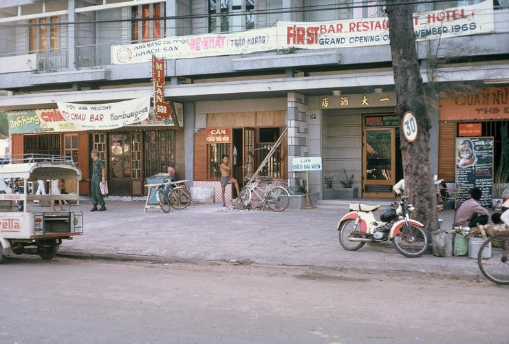 Anh: Doi thuong o Vung Tau nam 1967 qua ong kinh Tom Twitty-Hinh-9